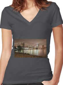 Brooklyn Bridge at Dusk Women's Fitted V-Neck T-Shirt