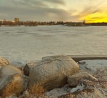 Wascana lake freezing by derejeb