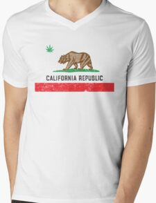 Vintage California Cannabis Mens V-Neck T-Shirt