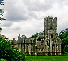 Fountains Abbey  by tunna