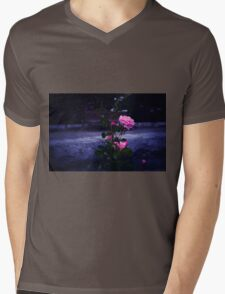 Rose Mens V-Neck T-Shirt