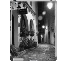 Rain on the Cobbles iPad Case/Skin