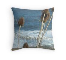 bullrush ocean wave  Throw Pillow