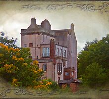 Delgatie Castle in Autumn's Glory (near Turriff, in Aberdeenshire, Scotland) by Yannik Hay