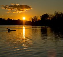 Sunset over lake Wascana by derejeb