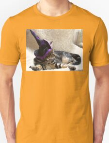 Hocus Pocus Kitty Focus T-Shirt