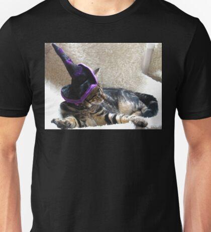 Hocus Pocus Kitty Focus Unisex T-Shirt