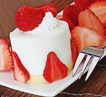 Strawberry Cheesecake by barnabychambers