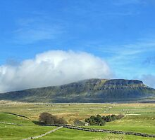 Pen-Y-Ghent, North Yorkshire by Jamie  Green