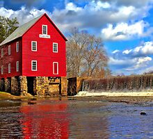 Starr's Mill by Jim  Egner