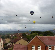 Bristol Balloon above Kingswood by Reykjavikbjarni