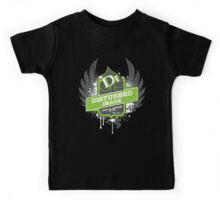 DI Wings - Green on White Kids Tee