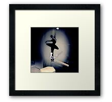 A Bailarina do Sótão (Piano Bar) Framed Print