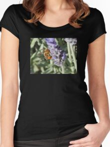 Lavender Bee Women's Fitted Scoop T-Shirt