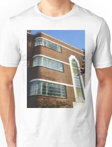 London Deco: Oman Court 3 Unisex T-Shirt