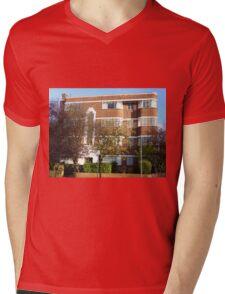London Deco: Oman Court 2 Mens V-Neck T-Shirt