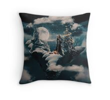 Christmas - The Queen's magical Christmas Eve Throw Pillow
