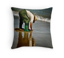 Fishing for worms.... Throw Pillow
