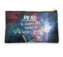 Reading for a better universe Studio Pouch