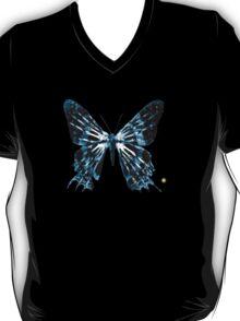 "Fringe Butterfly Glyph Letter ""P"" T-Shirt"
