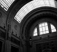 Inside Central Station, Milan by Hugh O'Brien