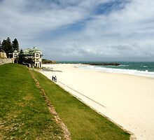 Cottesloe Beach by Ross Campbell