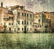 Vintage architecture on Grand canal, venice. by cloud7