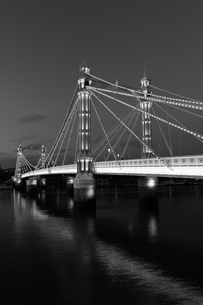 Albert Bridge London, Black and  white image by DavidHornchurch
