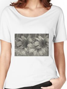 Abstract worlf of flowers 2 Women's Relaxed Fit T-Shirt
