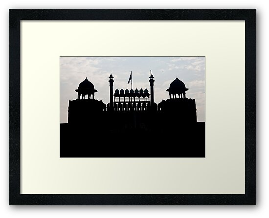 Silhouette Of The Red Fort by phil decocco