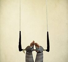 Trapeze by Widcat
