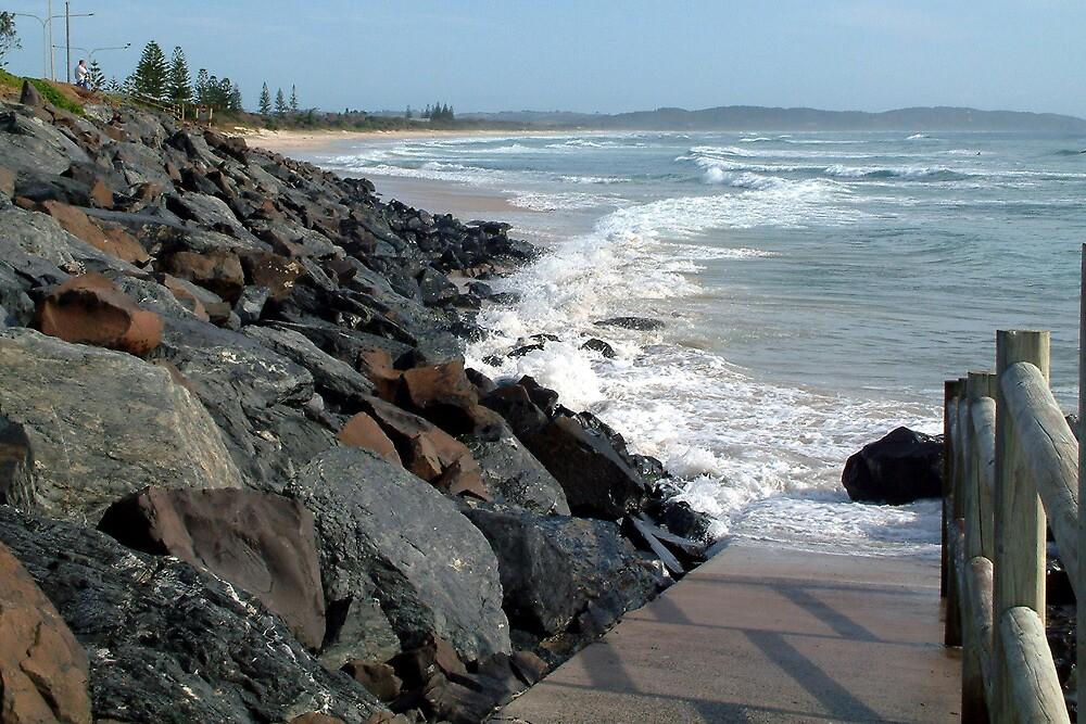 Seven Mile Beach - Lennox head NSW by Emmy Silvius