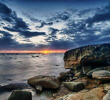 Bateau Bay Beauty by Jason Ruth