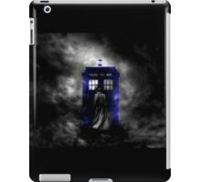 The Doctor and his blue box iPad Case/Skin