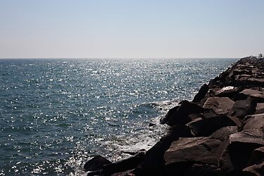 Glistening Horizon Lake Michigan Scene by Thomas Murphy