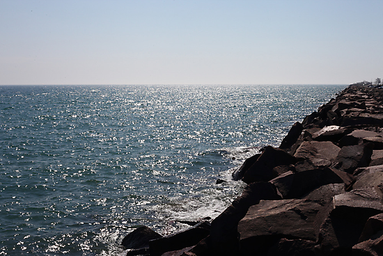 Glistening Horizon Lake Michigan Scene by Thomas Murphy