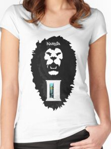 Narnia Women's Fitted Scoop T-Shirt