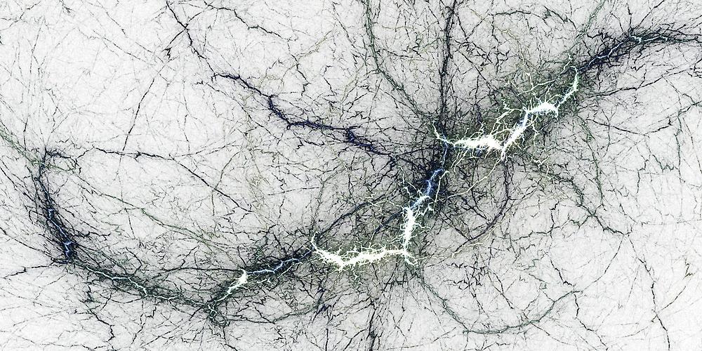 Thunderstruck by Benedikt Amrhein