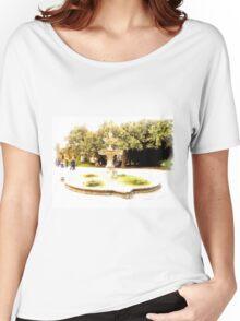 Castel Gandolfo: fountain in garden of the Villa Barberini Women's Relaxed Fit T-Shirt
