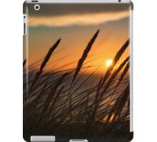 Sunset through tall grass iPad Case/Skin