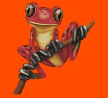 Cute Red Tree Frog on a Branch Kids Tee