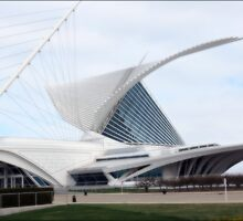 Quadracci Pavilion (The Milwaukee Art Museum) by kkphoto1