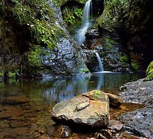 White Star Waterfall by Ken Wright