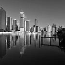 Brisbane River & City. by Ralph de Zilva
