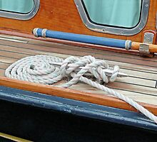 HMY Britannia  by Woodie