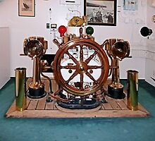 HMY Britannia wheel by Woodie