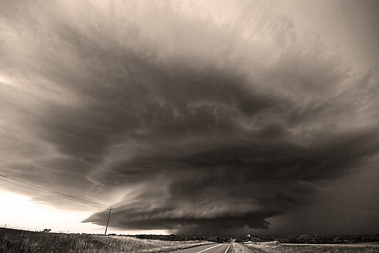 The O'dell Supercell- Black and White by intotherfd