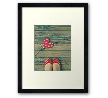 love. [polka-dots] Framed Print