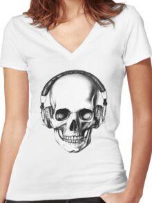 SKULL HEADPHONES Women's Fitted V-Neck T-Shirt