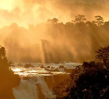 sunrays at Iguassu Falls by supergold